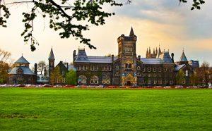 Du học đại học tại Canada