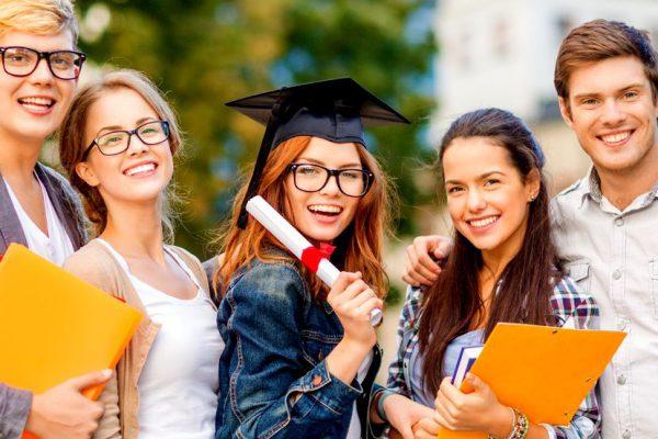 Học bổng du học Canada có dễ nhận không?