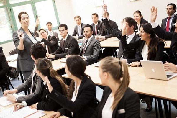 Cách chọn trường khi du học Canada