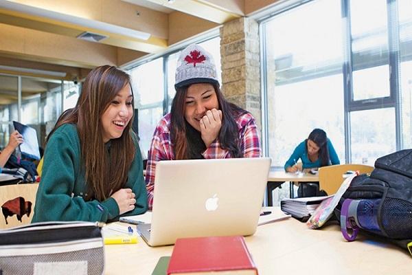 Du học định cư Canada sau khi tốt nghiệp dễ hay khó?