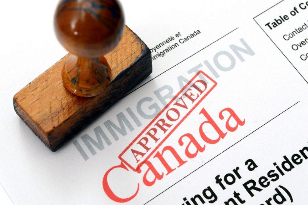 Xin visa Canada có khó không